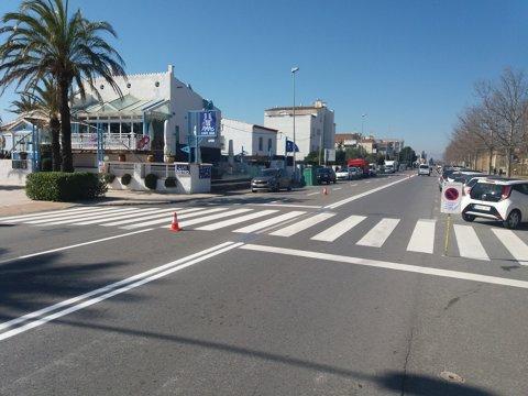 Repintat de senyalització de codi a diferents carrers de Roses