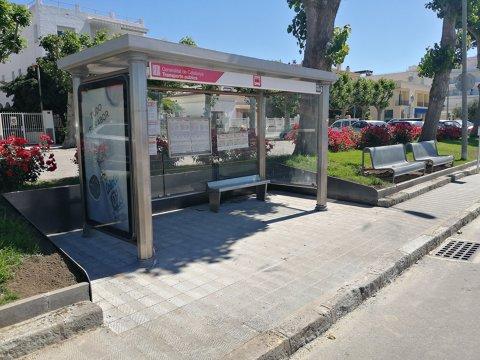 Finalizado el acondicionamiento de la nueva parada de autobuses, parado por el estado de alarma