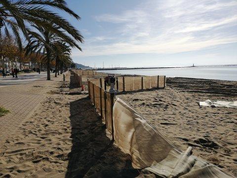 Colocación de las telas de las playas