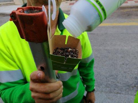 Implantación de nuevos sistemas ecológicos para combatir las plagas de los arboles de Roses