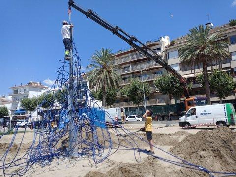 Substitución de las redes 3D infantiles en las playas