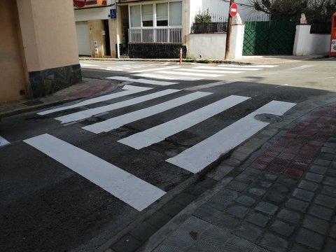 Pintado y repintado de señalitzación viaria