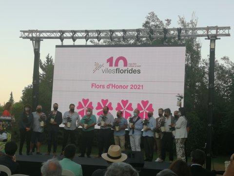 Roses assoleix la Quarta Flor d'Honor del moviment Viles Florides